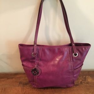 Relic Soft Leather Fuscia Bag